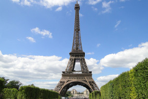 Eiffel Tower, Paris, France - Photo: dvpfagan via Flickr, used under Creative Commons License (By 2.0)