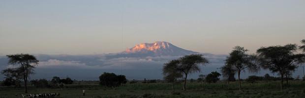 Sunset, Mt. Kilimanjaro, Tanzania - Photo: Roman Boed via Flickr, used under Creative Commons License (By 2.0)