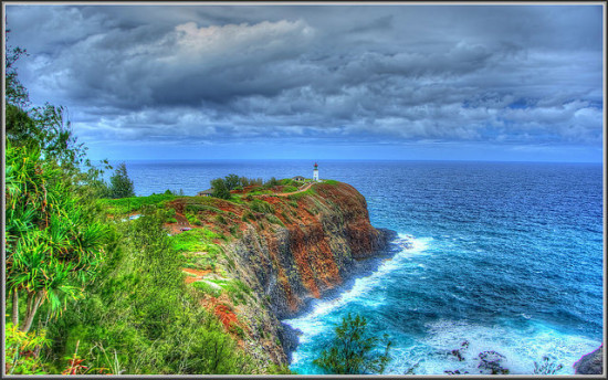 Kauai Lighthouse, Kauai, Hawaii - Photo: tdlucas5000 via Flickr, used under Creative Commons License (By 2.0)