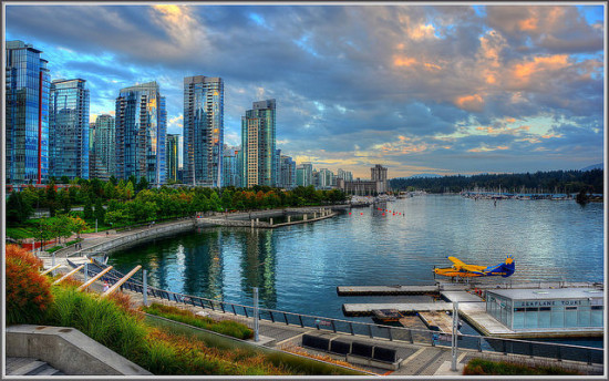 Coal Harbour, Vancouver, British Columbia - Photo: tdlucas5000 via Flickr, used under Creative Commons License (By 2.0)