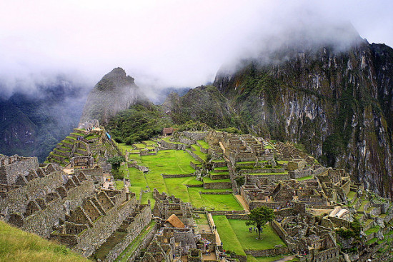 Machu Pichu, Peru - Photo: Alfredo Miguel Romero via Flickr, used under Creative Commons License (By 2.0)