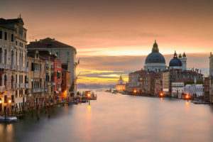 Sunrise, Venice, Italy - Photo: Pedro Szekely via Flickr, used under Creative Commons License (By 2.0)